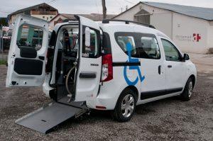 Dacia dokker con allestimento per disabili