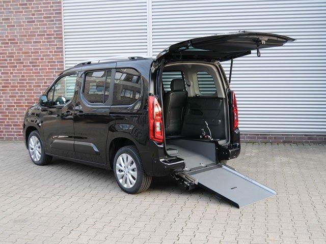 Allestimento Opel Combo per disabili