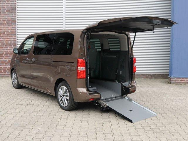 Toyota Proace elettrica per disabili